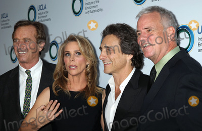 Lawrence Bender Photo - 21 March 2014 - Beverly Hills California - Robert F Kennedy Jr Cheryl Hines Lawrence Bender Glen MacDonald An Evening Of Environmental Excellence Presented By The UCLA Institute Of The Environment And Sustainability Photo Credit Russ ElliotAdMedia