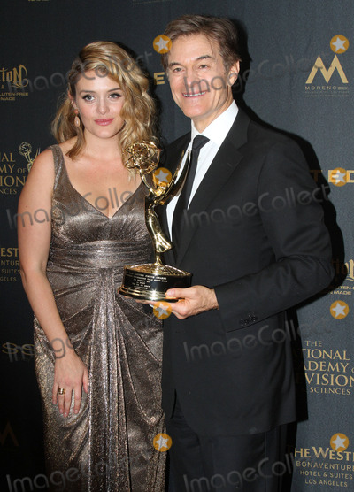 Daphne Oz Photo - 01 May 2016 - Los Angeles California - Dr Mehmet Oz Dr Oz and daughter Daphne Oz 43rd Annual Daytime Emmy Awards held at the Westin Bonaventure Hotel Photo Credit AdMedia