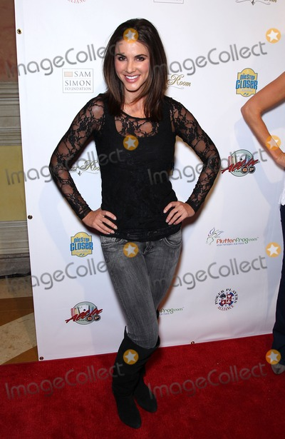 Alison Waite Photo - 11 December 2010 - Las Vegas Nevada - Alison Waite  All In For CP Celebrity Charity Poker Tournament to Benefit the One Step Closer Foundation at the Venetian Resort Hotel and Casino Photo MJTAdMedia