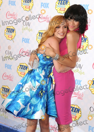 Bella Thorne Photo - 10 August 2014 - Los Angeles California - Bella Thorne Zendaya Coleman Teen Choice Awards 2014 - Arrivals held at the Shrine Auditorium Photo Credit Byron PurvisAdMedia