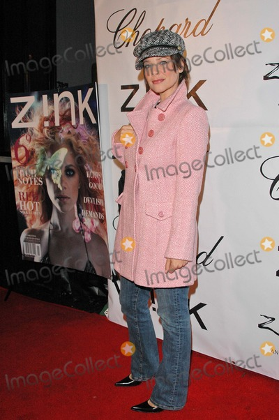 Meredith Salenger Photo - Meredith Salenger At the Zink Magazine November Issue Celebration Bliss Los Angeles CA 10-28-04