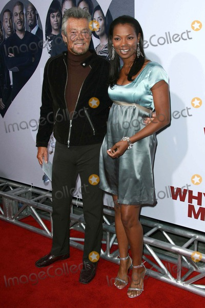 Stephen JCannell Photo - Stephen J Cannell and Vanessa Williamsat the premiere of Why Did I Get Married Arclight Theatre Hollywood CA 10-04-07