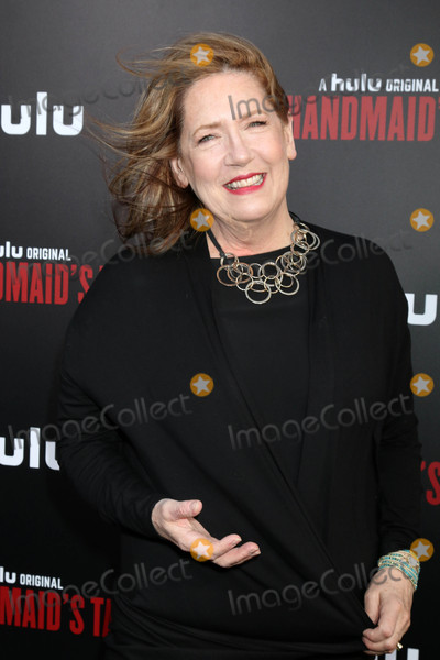 Ann Dowd Photo - Ann Dowdat the Premiere Of Hulus The Handmaids Tale Cinerama Dome Hollywood CA 04-25-17