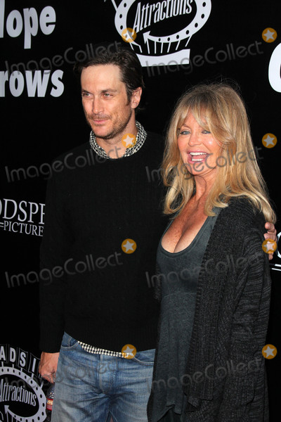 Goldie Photo - Oliver Hudson Goldie Hawnat the Where Hope Grows Los Angeles Premiere Arclight Hollywood CA 05-04-15
