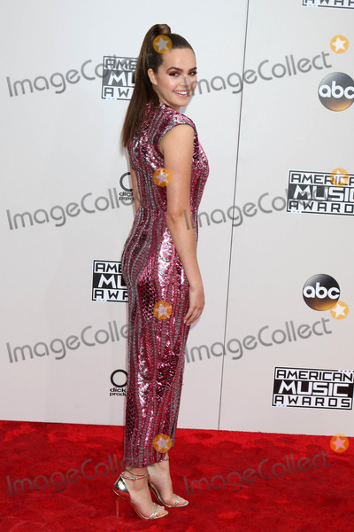 Bailee Madison Photo - Bailee Madisonat the 2016 American Music Awards Microsoft Theater Los Angeles CA 11-20-16