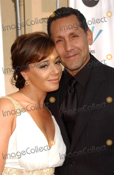 Leah Remini Photo - Leah Remini and Angelo Paganarriving at the 2006 NCLR ALMA Awards The Shrine Auditorium Los Angeles CA 05-07-06