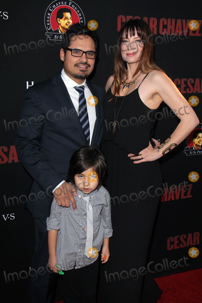 Michael Pena Photo - Michael Penaat the Cesar Chavez Los Angeles Premiere TCL Chinese Theater Hollywood CA 03-20-14