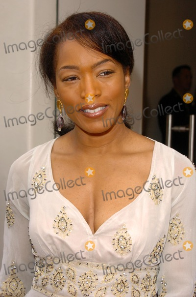 Angela Basset Photo - Angela Basset at an Afternoon of Diamonds Champagne Chocolate Love and Cheryl Sabans Latest Book Recipe For A Good Marriage at the Martin Katz Store Beverly Hills CA 03-12-05