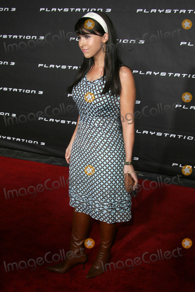 Lacey Chabert Photo - Lacey Chabertat the Playstation 3 Launch Party 9900 Wilshire Blvd Beverly Hills CA 10-08-06