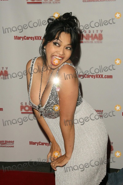 Mika Tan Photo - Mika Tan at the Celebrity Pornhab with Dr Screw Premiere Party Les Deux Hollywood CA 06-01-09