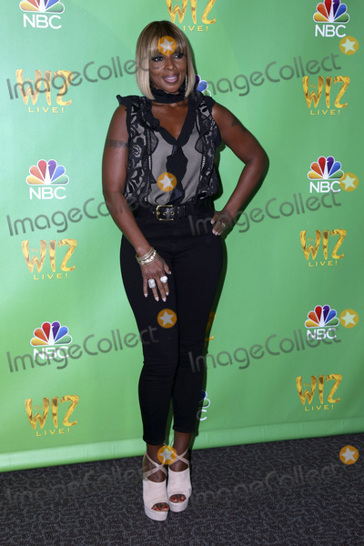 Mary J Blige Photo - LAS VEGAS - JUN 1  Mary J Blige at the Television Academy Event For NBCs The Wiz Live at the Directors Guild of America on June 1 2016 in West Hollywood CA
