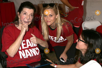 Nanci Ryder Photo - LOS ANGELES - OCT 16  Nanci Ryder Reese Witherspoon Courteney Cox at the ALS Association Golden West Chapter Los Angeles County Walk To Defeat ALS at the Exposition Park on October 16 2016 in Los Angeles CA