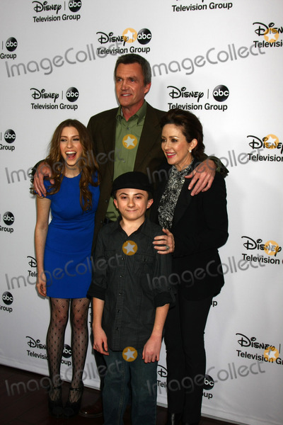 Patricia Heaton Photo - LOS ANGELES - JAN 10  clockwise from left - Eden Sher Neil Flynn Patricia Heaton Atticus Shaffer attends the ABC TCA Winter 2013 Party at Langham Huntington Hotel on January 10 2013 in Pasadena CA