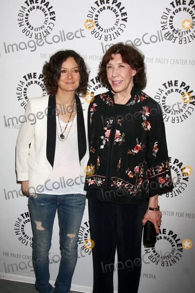Sara Gilbert Photo - LOS ANGELES - JUL 16  Sara Gilbert Lily Tomlin arrives at  An Evening With Web Therapy The Craze Continues at the Paley Center for Media on July 16 2013 in Beverly Hills CA