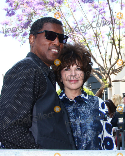 Kenny Edmonds Photo - LOS ANGELES - MAY 31  Kenny Edmonds Carole Bayer Sager at the David Foster Hollywood Walk of Fame Star Ceremony at the Capital Records Building on May 31 2013 in Los Angeles CA