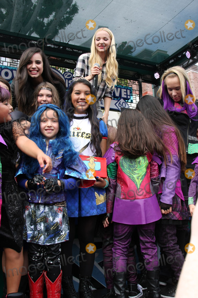 Dove Cameron Photo - LOS ANGELES - OCT 17  Sofia Carson Dove Cameron fans at the Stars of Descendants Personal Appearance at the Downtown Disney on October 17 2015 in Anaheim CA