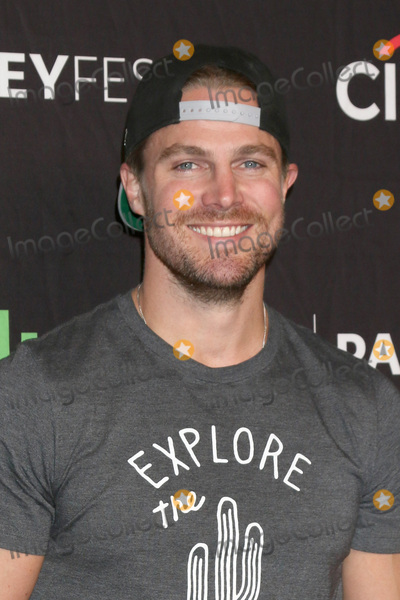 Amel Photo - LOS ANGELES - MAR 18  Stephen Amell at the 34th Annual PaleyFest Los Angeles - The CW at Dolby Theater on March 18 2017 in Los Angeles CA