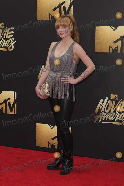 Ashley Rickards Photo - LOS ANGELES - APR 9  Ashley Rickards at the 2016 MTV Movie Awards Arrivals at the Warner Brothers Studio on April 9 2016 in Burbank CA