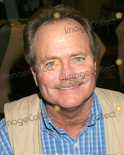 Jon Provost Photo - Jon ProvostHollywood Collectors ShowBurbank HiltonBurbank CAOctober 14 2006