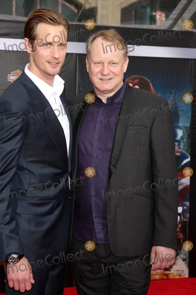 Alexander Skarsgrd Photo - LOS ANGELES - APR 11  Alexander Skarsgrd Stellan Skarsgrd arrives at The Avengers Premiere at El Capitan Theater on April 11 2012 in Los Angeles CA