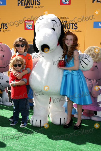 Francesca Capaldi Photo - LOS ANGELES - NOV 1  August Maturo his Ocean Maturo Francesca Capaldi at the The Peanuts Movie Los Angeles Premiere at the Village Theater on November 1 2015 in Westwood CA