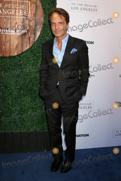 Richard Marx Photo - LOS ANGELES - APR 22  Richard Marx at the 2017 The Humane Society Gala at Parmount Studios on April 22 2017 in Los Angeles CA