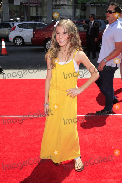 Avalon Robbins Photo - LOS ANGELES - APR 10  Avalon Robbins arrives at The Three Stooges Premiere at Graumans Chinese Theater on April 10 2012 in Los Angeles CA