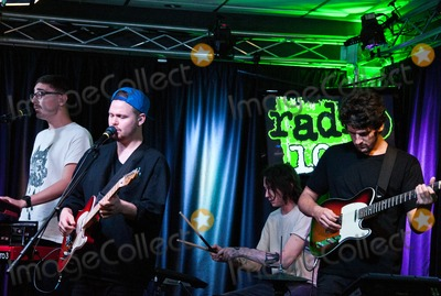 Alt J Photo - BALA CYNWYD PA USA - SEPTEMBER 05 British Alternative Rock Band alt-J Perform at Radio 1045s Performance Theatre on September 05 2014 in Bala Cynwyd Pennsylvania United States (Photo by Paul J FroggattFamousPix)