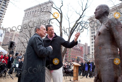 Antony Gormley Photo - RESTRICTED NO NEW YORK OR NEW JERSEY NEWSPAPERS WITHIN A 75 MILE RADIUS OF NYCNew York NY 3232010Mayor Bloomberg and artist Antony Gormley  look over the work at the inauguration of Gormleys new public art installation Event Horizon a collection of thirty-one casts of the artist himself placed in and around Madison Square ParkDigital photo by Andy Lavin-PHOTOlinknet