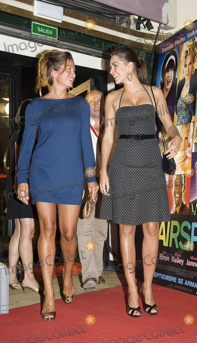 Rebecca Loos Photo - Madrid Spain  Sept 11 2007Rebecca Loos and Teresa Martin at the premiere of HairsprayDigital photo by Edu Nividhia-PHOTOlinknet