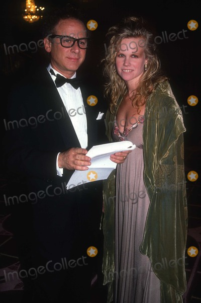 Art Garfunkel Photo - Art Garfunkel1426JPG1990 FILE PHOTO New York NYArt GarfunkelAdam Scull-PHOTOlinknetONE TIME REPRODUCTION RIGHTS ONLYNO WEBSITE USE WITHOUT AGREEMENTE-TABLETIPAD  MOBILE PHONE APPPUBLISHING REQUIRE ADDITIONAL FEES718-374-3733-OFFICE - 917-754-8588-CELLeMail INFOPHOTOLINKNET