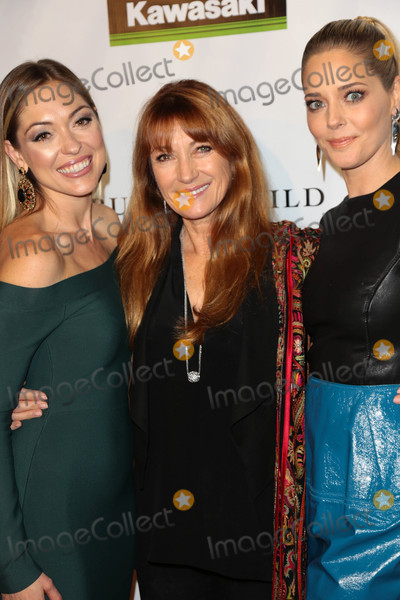 Annabelle Stephenson Photo - Photo by gotpapstarmaxinccomSTAR MAX2017ALL RIGHTS RESERVEDTelephoneFax (212) 995-11962617Annabelle Stephenson Jane Seymour and Christina Moore at the premiere of Running Wild(Los Angeles CA)