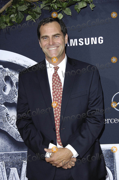 Andy Buckley Photo - Photo by Michael GermanastarmaxinccomSTAR MAX2015ALL RIGHTS RESERVEDTelephoneFax (212) 995-11966915Andy Buckley at The Premiere fof Jurassic World(Hollywood CA)