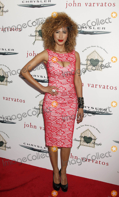 Andy Allo Photo - Photo by REWestcomstarmaxinccomSTAR MAX2015ALL RIGHTS RESERVEDTelephoneFax (212) 995-119642615Andy Allo at The John Varvatos 12th Annual Stuart House Benefit(Los Angeles CA)