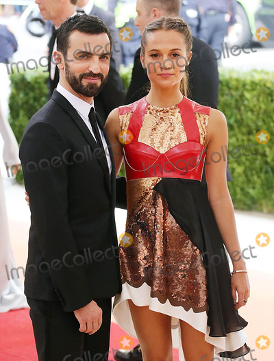 Alicia Vikander Photo - Photo by XPXstarmaxinccomSTAR MAX2016ALL RIGHTS RESERVEDTelephoneFax (212) 995-11965216Alicia Vikander and Jack Huston at Manus x Machina Fashion In An Age of Technology Costume Institute Gala(Metropolitan Museum of Art NYC)
