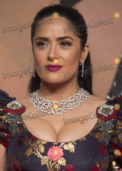 Salma Hayek Photo - Photo by KGC-03starmaxinccomSTAR MAXCopyright 2016ALL RIGHTS RESERVEDTelephoneFax (212) 995-119612516Salma Hayek at The 2016 Fashion Awards(Royal Albert Hall London England UK)