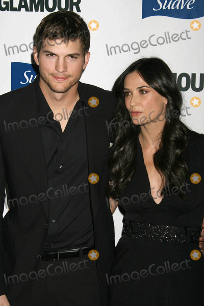 Demi Moore Photo - Photo by REWestcomstarmaxinccom2008101408Ashton Kutcher and Demi Moore at Glamour Reel Moments(Los Angeles CA)