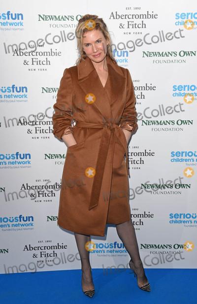 Renee Zellweger Photo - Photo by KGC-143starmaxinccomSTAR MAXCopyright 2015ALL RIGHTS RESERVEDTelephoneFax (212) 995-119611315Renee Zellweger at the SeriousFun Childrens Network Gala(London England UK)