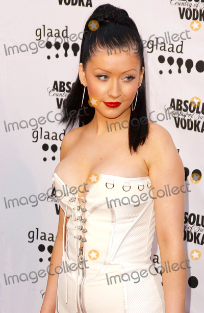 Christina Aguilera Photo - Photo by Lee RothSTAR MAX Inc - copyright 200342603Christina Aguilera at the GLAAD Media Awards(CA)