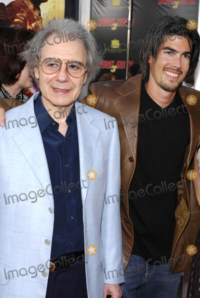 Lalo Schifrin Photo - Photo by Michael Germanastarmaxinccom200773007Lalo Schifrin and his son Ryan Schifrin at the premiere of Rush Hour 3(Los Angeles CA)