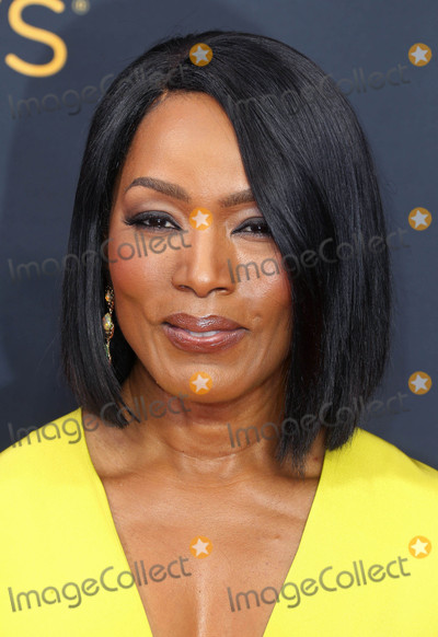 Angela Bassett Photo - Photo by REWestcomstarmaxinccomSTAR MAX2016ALL RIGHTS RESERVEDTelephoneFax (212) 995-119691816Angela Bassett at The 68th Emmy Awards in Los Angeles CA