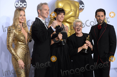 Jared Leto Photo - Photo by PDstarmaxinccomSTAR MAXCopyright 2016ALL RIGHTS RESERVEDTelephoneFax (212) 995-119622816Damian Martin Elka Wardega and Lesley Vanderwalt with The Oscar for Best Makeup and Hairstyling along with presenters Margot Robbie and Jared Leto at the 88th Annual Academy Awards (Oscars)(Hollywood CA USA)