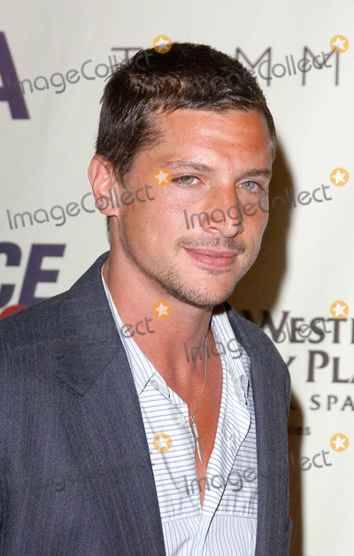 Simon Rex Photo - Photo by Lee Rothstarmaxinccom200451404Simon Rex at the 11th Annual Race To Erase MS(Century City CA)
