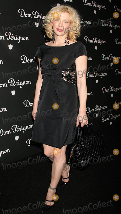Courtney Love Photo - Photo by NPXstarmaxinccom20066206Courtney Love at the unveiling of Dom Perignons Vintage 1996 Champagne(Beverly Hills CA)