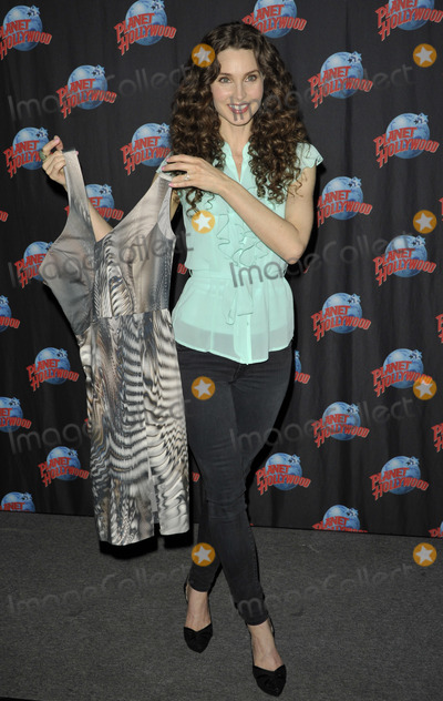 Alicia Minshew Photo - Photo by Patricia SchleinstarmaxinccomSTAR MAX2014ALL RIGHTS RESERVEDTelephoneFax (212) 995-119631214Alicia Minshew visits Planet Hollywood(NYC)