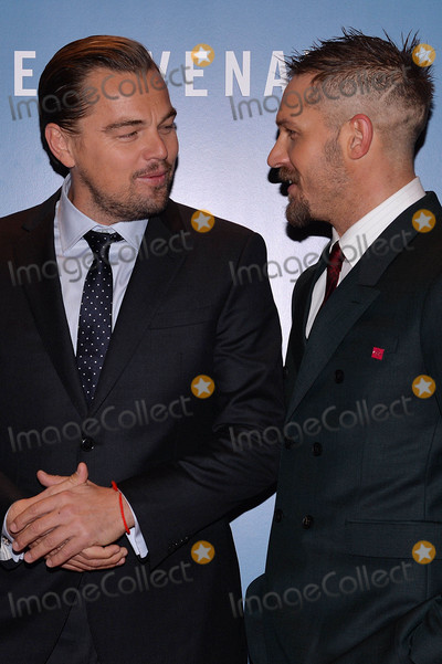 Tom Hardy Photo - Photo by KGC-42starmaxinccomSTAR MAX2016ALL RIGHTS RESERVEDTelephoneFax (212) 995-119611416Leonardo DiCaprio and Tom Hardy are seen at the premiere of The Revenant(London England)