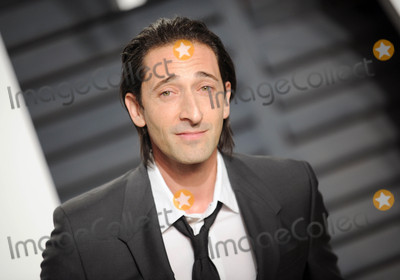 Adrien Brody Photo - Photo by Dennis Van TinestarmaxinccomSTAR MAX2017ALL RIGHTS RESERVEDTelephoneFax (212) 995-119622617Adrien Brody at The 2017 Vanity Fair Oscar Party in Beverly Hills CA
