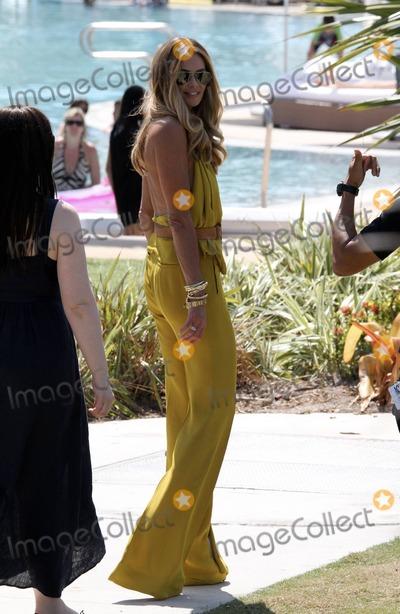 Elle Macpherson in Bikini Top on the beach in Miami Pic 35 of 35