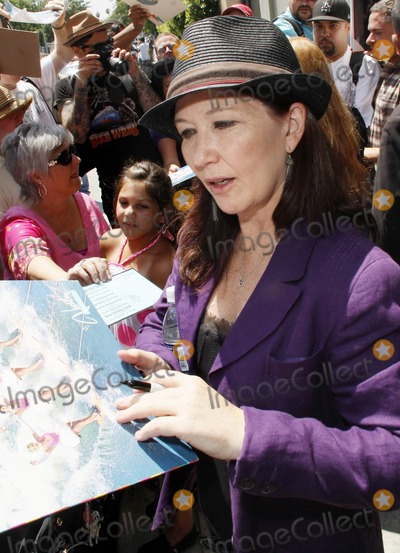 Kathy Valentine Photo - Kathy Valentine of the band The Go-Gos sign autographs at the Go-Gos Hollywood Walk of Fame Induction Ceremony in Hollywood CA  11th August 2011