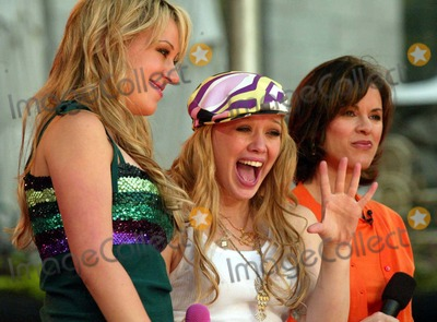 Hilary Duff Photo - Hilary Duff Hailey Duff and Elizabeth Vargas on Abc Good Morning Americas 2004 Summer Concert Series at Bryant Park in New York City on July 16 2004 Photo by Henry McgeeGlobe Photos Inc 2004